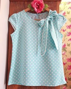 New baby fashion spring casual ideas Blouse Styles, Blouse Designs, Spring Fashion Casual, Kids Fashion, Fashion Outfits, Short Tops, Baby Girl Dresses, Mode Style, Kind Mode