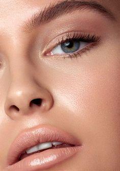 top rose gold makeup ideas to look like a goddess 35 ~ my. - top rose gold makeup ideas to look like a goddess 35 ~ my.me - top rose gold makeup ideas to look like a goddess 35 ~ my. Makeup Trends, Eye Makeup Tips, Skin Makeup, Makeup Inspo, Makeup Inspiration, Makeup Ideas, Makeup Hacks, Makeup Brush, Makeup Remover