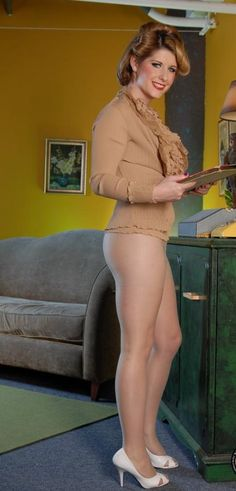 Tranvesties in pantyhose