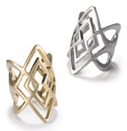 Cross your Fingers Ring - $16.00    get it now! register on my eboutique:  http://denglish.mymarkstore.com