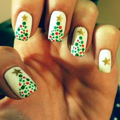 50 Festive Christmas Tree Nail Art Designs for Holiday Christmas Tree Nail Art, Christmas Nail Art Designs, Winter Nail Designs, Christmas Trees, Xmas Nails, Holiday Nails, Fun Nails, Pretty Nails, Chloe Nails
