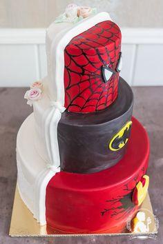 Wedding Cake Iron Man Batman Spiderman Half Wedding Dress with Lace and roses Mademoiselle Cupcake, Ironman Cake, Batman Spiderman, Cupcakes, Iron Man, Wedding Cakes, Roses, Marvel, Wedding Dresses