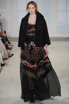 TEMPERLEY LONDON #LFW. Russian inspired collection. Long black dress with floral pattern. Russian style in fashion.