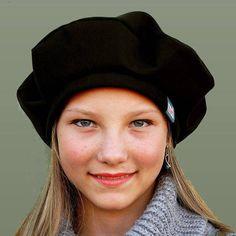 Black French beret womens black winter cap ZUTmarie by ZUThats