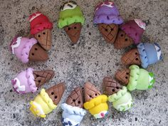 Icecream buttons handmade polymer clay 4 pz by dragosafira on Etsy, $5.00