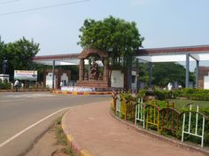 Utkal University Bhubaneswar MTech Admission 2013  Applications are invited for admission to the M.Tech in Information Technology session 2013-14  http://www.shiksharambh.com/admission-notice/109