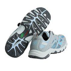 Zapatillas para Jugar al Voley - Para Más Información Ingresa en: http://zapatosdefiestaonline.com/2013/08/05/zapatillas-para-jugar-al-voley/                                                                                                                                                                                 Más