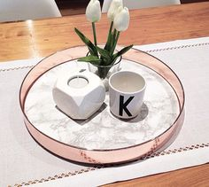 45 Inspiring Copper Rose Gold Kitchen Themes Decorations - 2020 Home design Copper And Marble, Rose Gold Marble, Copper Rose, White Marble, Copper Blush, Rose Gold Rooms, Rose Gold Decor, Diy Home Decor Rustic, Modern Decor