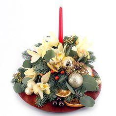 Aranj Craciun 1 Lime, Table Decorations, Winter, Home Decor, Corona, Winter Time, Limes, Decoration Home, Room Decor