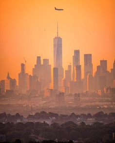 New York Pictures, One World Trade Center, Brooklyn Nyc, City That Never Sleeps, Dream City, City Landscape, Roman Empire, City Lights, Beautiful World
