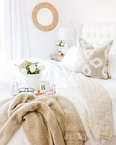 New year, new decor 🙌🏼 If a home reno isn't in the 2019 budget, you can still give your space a total new re-fres Cute Bedroom Ideas, Home Reno, Bedding Collections, How To Fall Asleep, Pillow Covers, Family Room, Bedroom Decor, House Design, Pillows