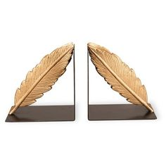 Foreside Gold Feather Bookends ($53) ❤ liked on Polyvore featuring home, home decor, small item storage, home deco, gold, gold home decor, book ends, gold book ends, gold home accessories and book-end
