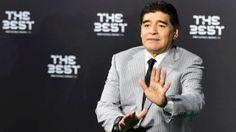 """Maradona: """"Estou desiludido com Messi, se estivesse cá, podia lutar, de casa pela TV não pode lutar por nada"""" https://angorussia.com/desporto/maradona-estou-desiludido-messi-estivesse-ca-lutar-casa-pela-tv-nao-pode-lutar-nada/"""