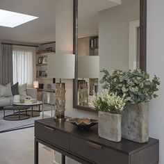 Find the most exclusive and beautiful entryway and improve your home decor with style. See more interior design ideas and furniture design. Entrance Hall Tables, Hallway Table Decor, Hallway Furniture, Hallway Decorating, Entryway Decor, Luxury Interior, Interior Architecture, Interior Design, Contemporary Interior
