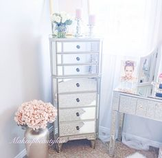 10 Most Pretty & Inspirational Bedroom Must Haves-1-26