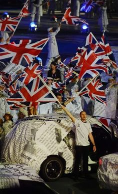 The Closing Ceremonies were a boisterous mix of the most beloved British pop music of the past 50 years. Olympians, Olympic Games, Pop Music, Closer, The Past, Washington, London, Pop, Washington State