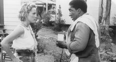Still of Mary Stuart Masterson and Stan Shaw in Fried Green Tomatoes (1991) http://www.movpins.com/dHQwMTAxOTIx/fried-green-tomatoes-(1991)/still-3038940672