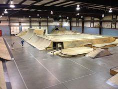 indoor skatepark - Google Search Skateboard Decks, Skate Park, Design Reference, Skateboarding, Indoor, Parks, Wood, Interior, House