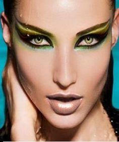 Dramatic Eye Makeup | Dramatic Eye Makeup | Fashion & Style Magazine