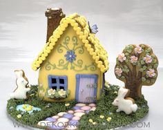 With Love & Confection blog- Isn't this the cutest thing you have ever seen? Gingerbread house by www.dekoekenbakkers.com