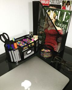 Desk organization📌