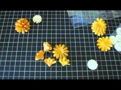 how to make carnations from paper flowers