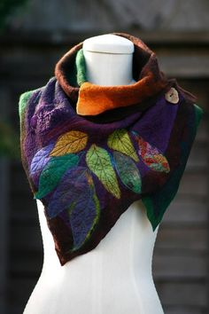 Women's Casual Multicolor Stripes Round Neck Scarves&Shawls Buttoned Crochet Wrap Pattern is hot sale on Newchic. Purple Accessories, Winter Accessories, Accessories Online, Nuno Felting, Unique Fashion, Boho Fashion, Fashion Styles, Winter Fashion, Romantic Fashion