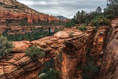 Devil's Bridge in Sedona, Arizona is quite possibly the most featured attraction, with a mass of hikers and jeep tours visiting it daily. Here's how we got Devil's Bridge all to ourselves. Visit Sedona, Devil, Beats, Crowd, Grand Canyon, Arizona, Bridge, Road Trip, Films