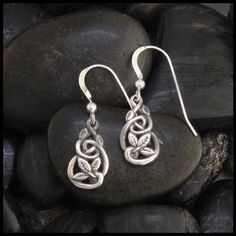 Leaf and Ivy Celtic knot earrings in Sterling Silver.