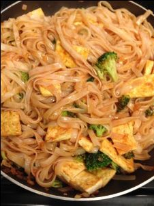 Vegetable Pad Thai From Thug Kitchen | Nacho Average Cook