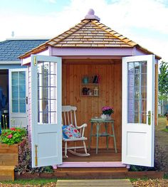 little summerhouse