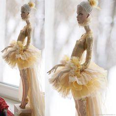 Коллекционные куклы ручной работы. Заказать Кукла в Золотом. Володина Маша. Ярмарка Мастеров. Желтый, авторская кукла, шёлк, акрил