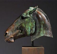 Escultura de busto de caballo de Nic Fiddian-Green #Caballos #Sculptura We love it @ Muebles NOMAD MEXICO