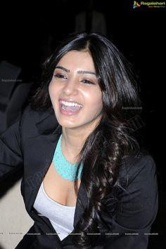 Bollywood Actress Hot Photos, Indian Actress Hot Pics, Beautiful Bollywood Actress, Samantha Images, Samantha Ruth, Beautiful Girl Indian, Most Beautiful Indian Actress, Cute Beauty, Beauty Full Girl