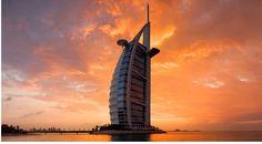 """Burj Al Arab: il lussuoso hotel """"a vela"""" di Dubai Burj Al Arab, Beach Hotels, Beach Resorts, Hotels And Resorts, Dubai Resorts, Hotel Architecture, Amazing Architecture, Most Luxurious Hotels, Luxury Hotels"""