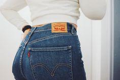 Levis Mile High jeans
