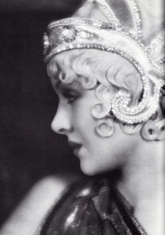 Myrna Loy, 1930.