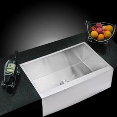 Water Creation 33-inch X 21-inch Zero Radius Single Bowl Stainless Steel Hand Made Apron Front Kitchen Sink