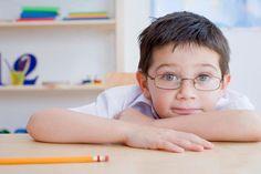 Dấu hiệu nhận biết và phòng ngừa cận thị ở trẻ