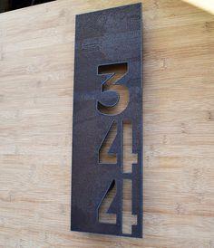 Best 90 Number Sign Home Design Ideas on A Budget 4 diy Door Numbers, Address Numbers, Address Plaque, Address Signs, House Number Plates, Diy Home Decor Rustic, House Names, Deco Originale, Home Design