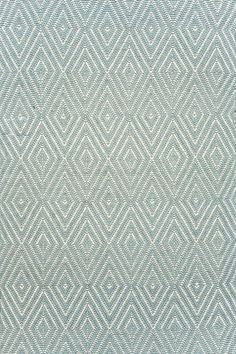 Guest Room #DashAndAlbert Diamond Light Blue/Ivory Indoor/Outdoor