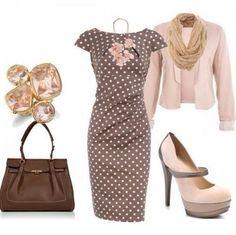 El vestido con lunares hará historia con la combinación del blazer y pashmina en colores pastel