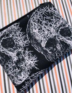 Freak Out Skulls Zipper Pouch: Halloween,  Goth, Michael Miller.
