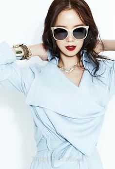 Song Ji Hyo looks amazing her in newest pictorial for Harper's Bazaar