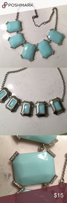 Banana Republic blue chunky necklace This is a banana republic necklace that is Tiffany blue and chunky. It is super cute and has never been worn. Make an offer! Banana Republic Jewelry Necklaces