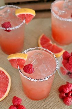 Try these best Margarita Recipes and Drink Recipes for a Party. Recipe Ideas for Blender Margaritas - Lime, Strawberry, Fruit. Quick and Easy Drinks With Tequila Grapefruit Margarita Recipe, Margarita Recipes, Cocktail Recipes, Margarita Drink, Drink Recipes, Healthy Recipes, Raspberry Margarita, Raspberry Cocktail, Grapefruit Juice