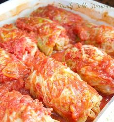 Polish Cabbage Rolls {Galumpkis} {Celebrating Our Heritage Series} - Family Table Treasures (Polish Christmas Recipes) Cabbage Rolls Recipe, Cabbage Recipes, Beef Recipes, Cooking Recipes, Healthy Recipes, Pastry Recipes, Curry Recipes, Healthy Food, Gourmet