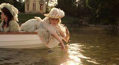 Kirsten Dunst as Marie Antoinette, Sofia Coppola Film Kirsten Dunst, High Society, Versailles, Marie Antoinette Movie, Sofia Coppola, Princess Aesthetic, Film Stills, Pics Art, Madame