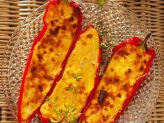 Paprikaschtoten mit Feta gefüllt