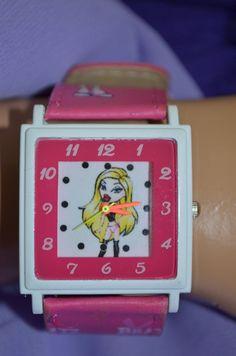 Детски цикламен часовник, Онлайн магазин Моник